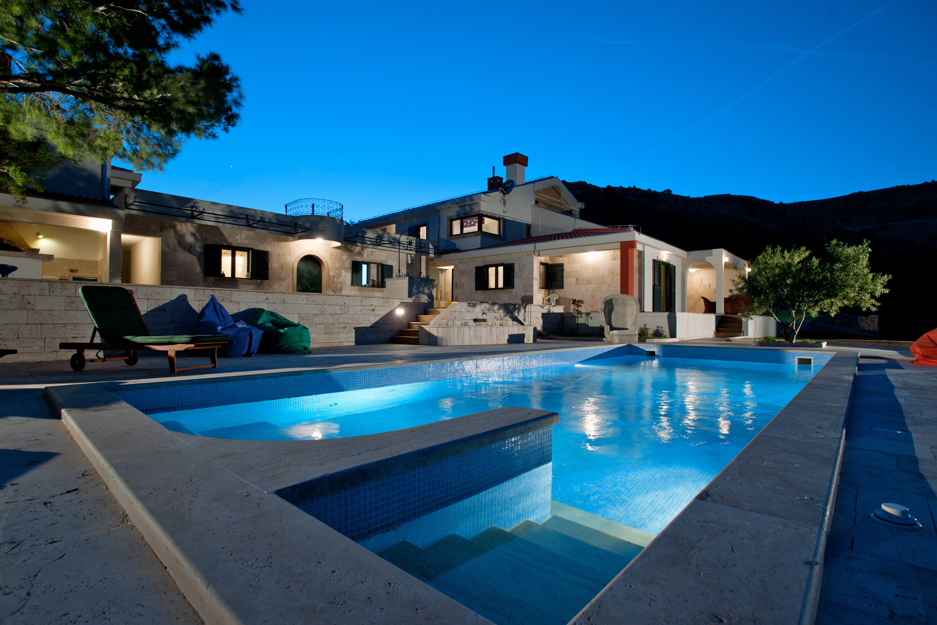 Luxury Villa Emerald Olive with Swimming Pool near Trogir