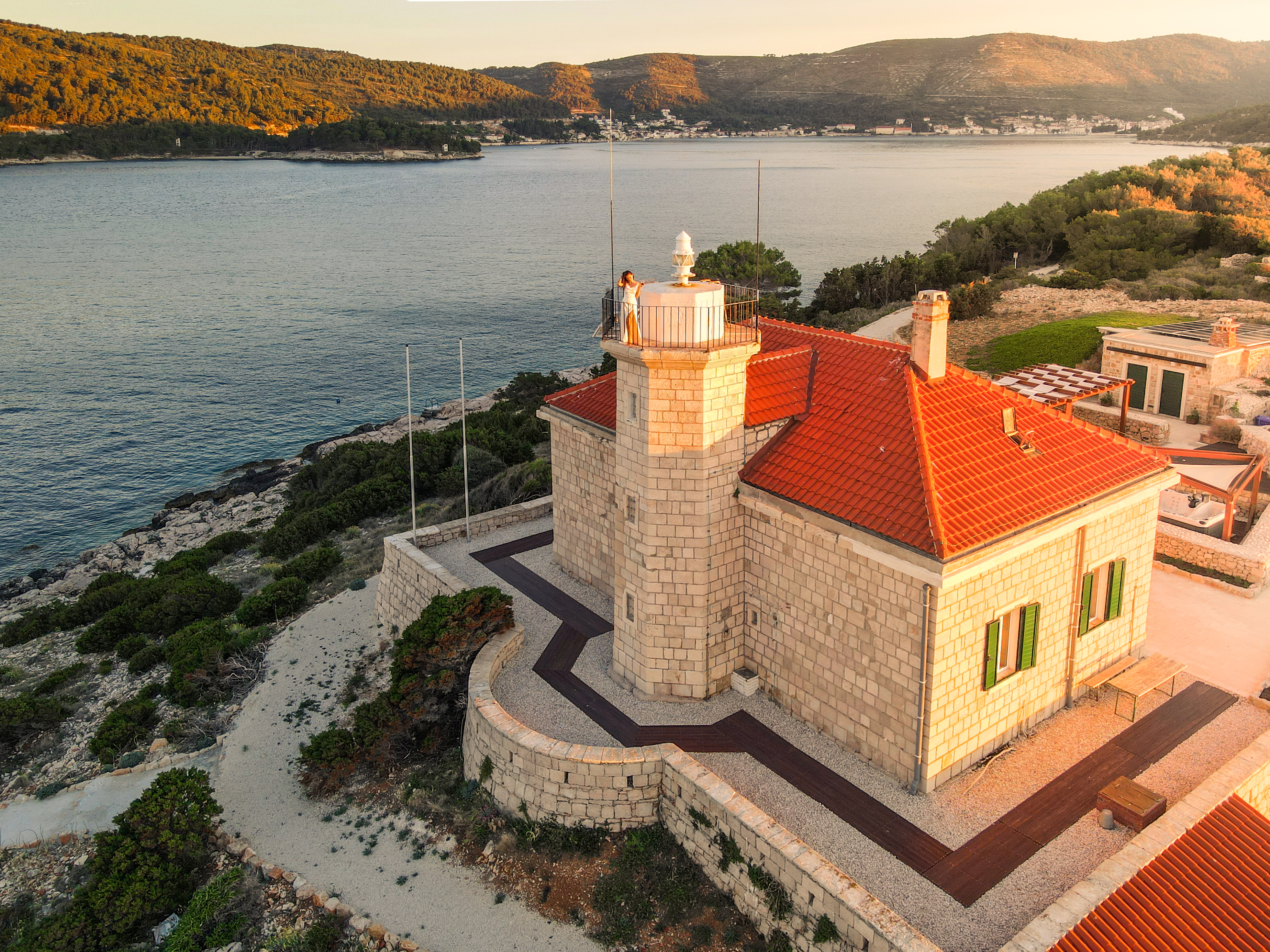 Tower of the lighthouse Beyond Vis