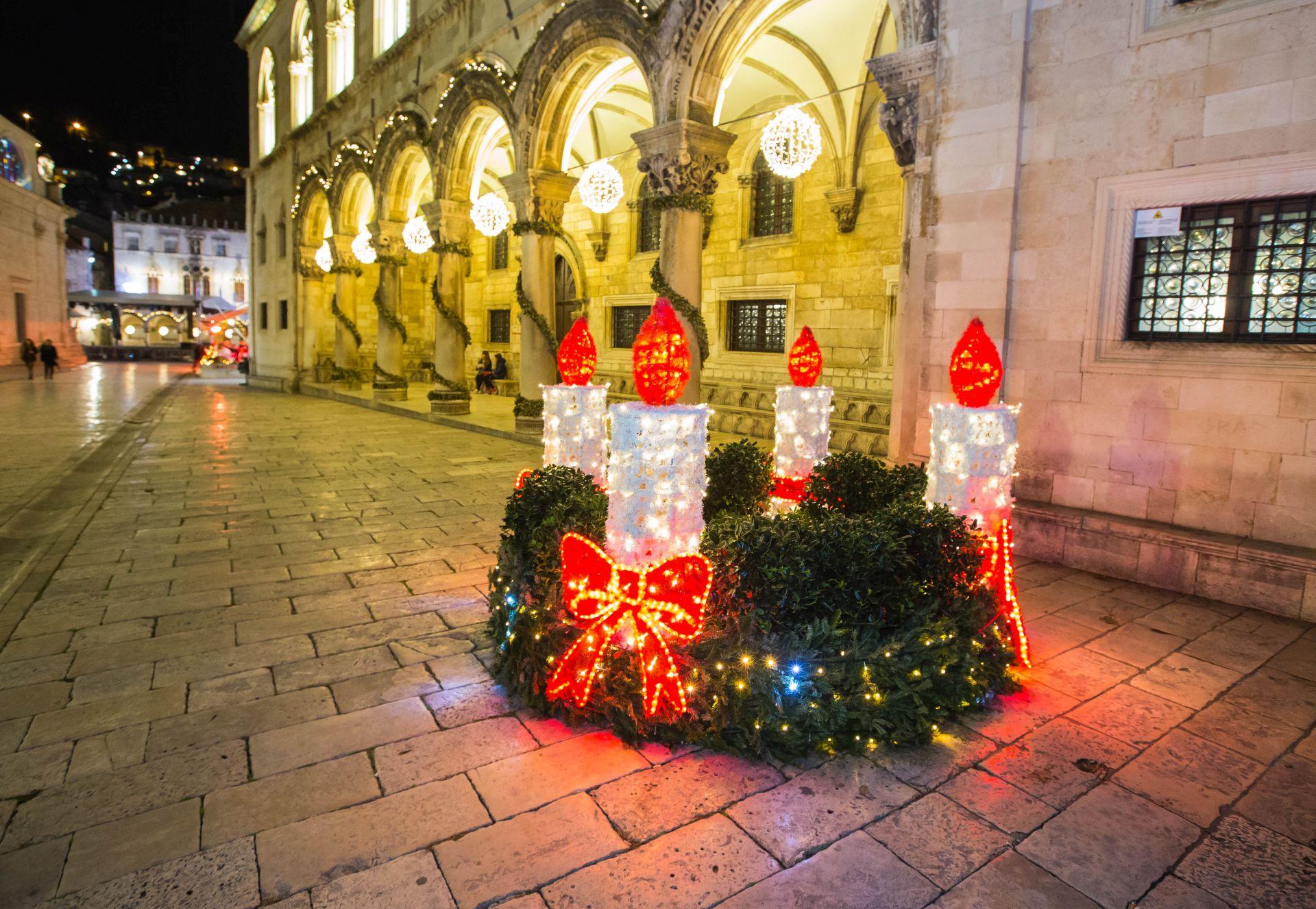 Photo: Advent wreath in Dubrovnik, Dubrovnik Winter Festival