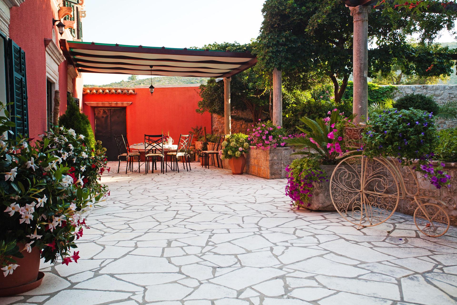 Yard of the Villa Dubrovnik Summer Residence