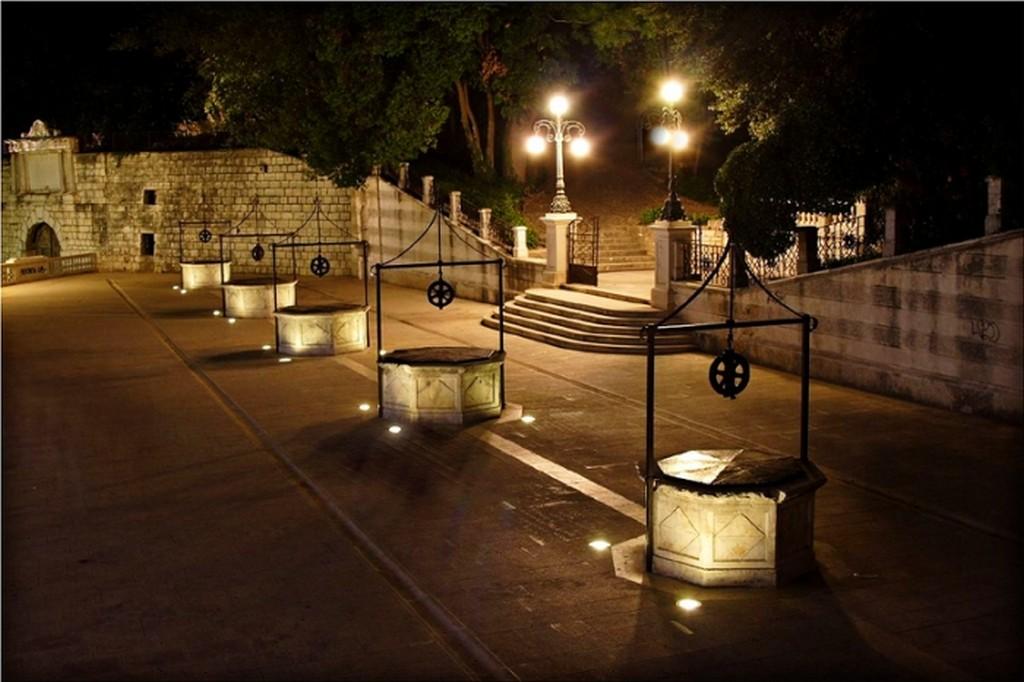 Five Wells square in Zadar
