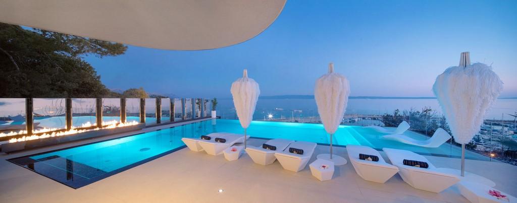 Infinity pool of the Posh residence Villa in Split