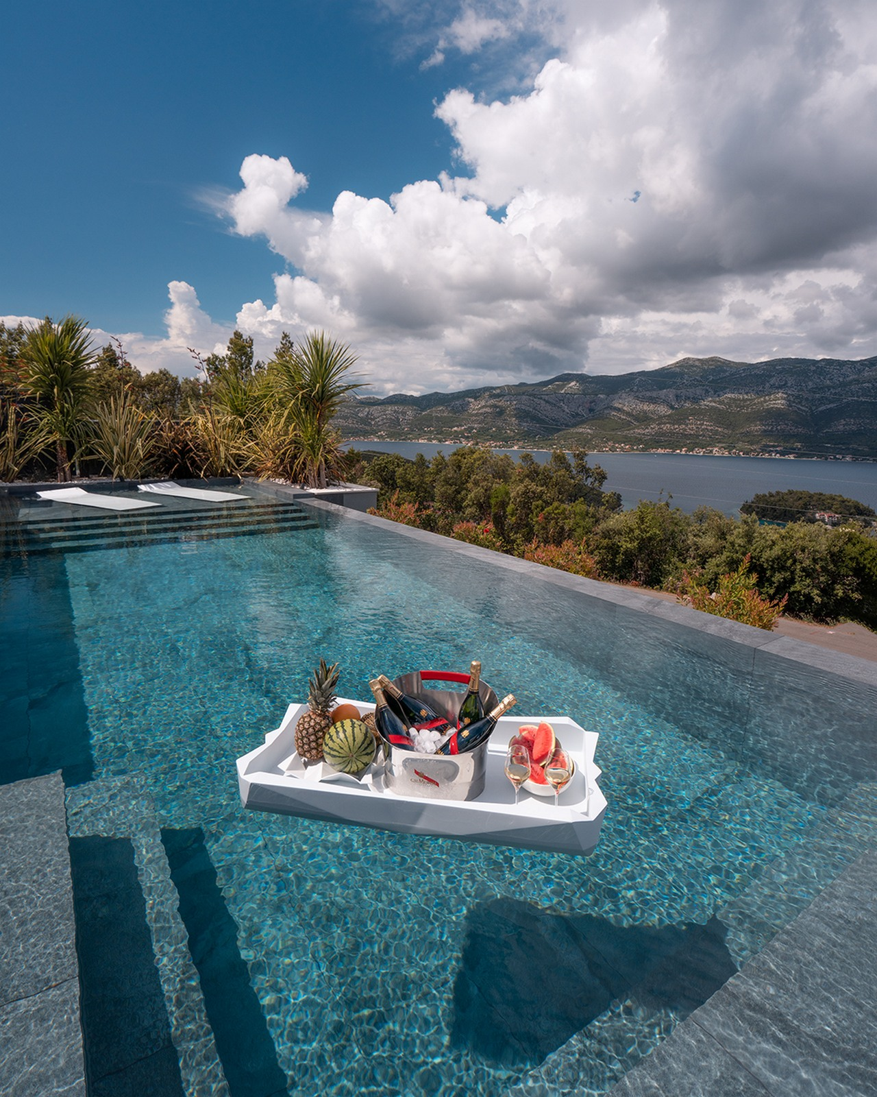 Infinity pool with details and sea views from Luxury Villa Korcula Diamond