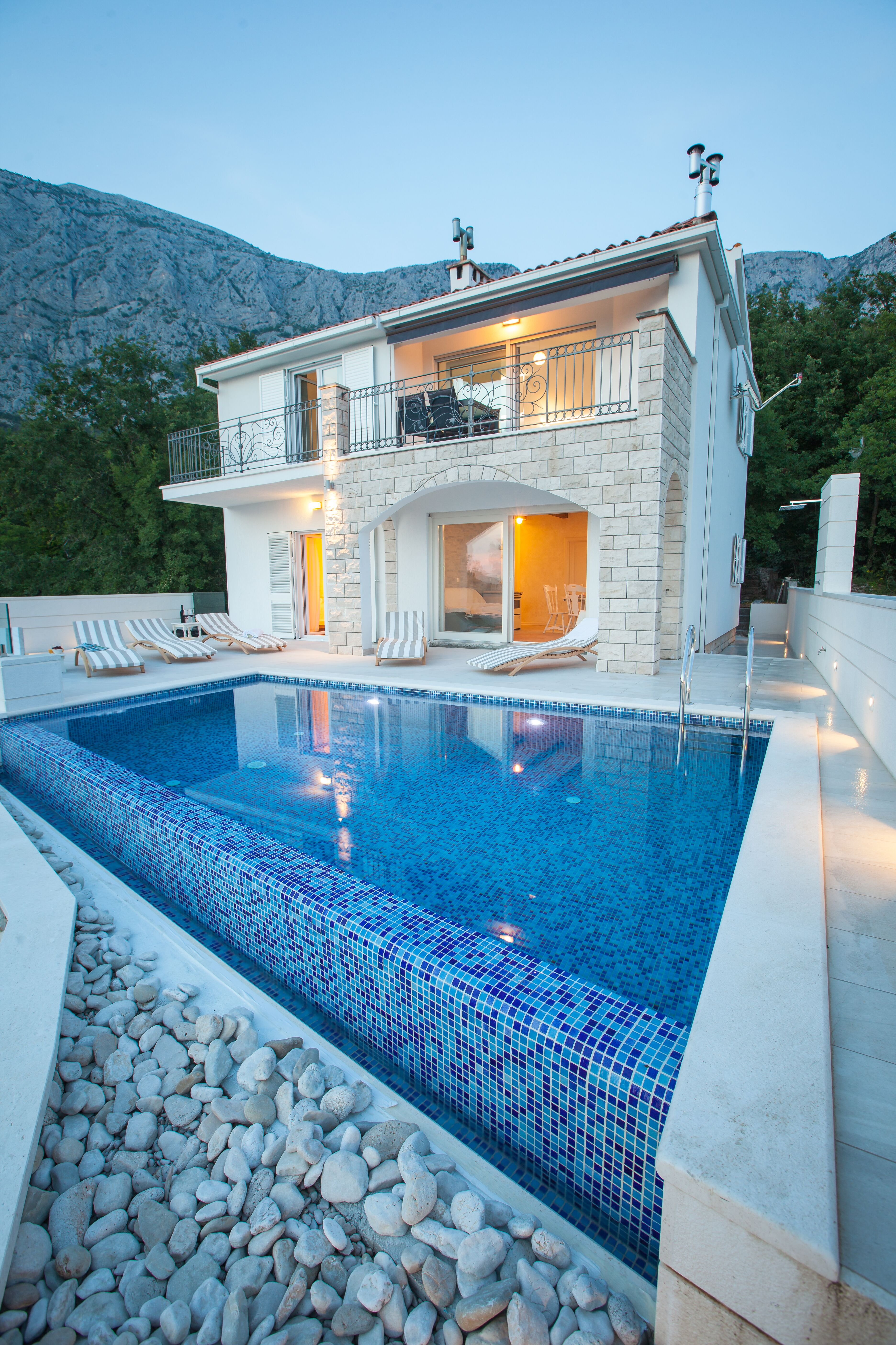 Villa Nature Beauty with Pool