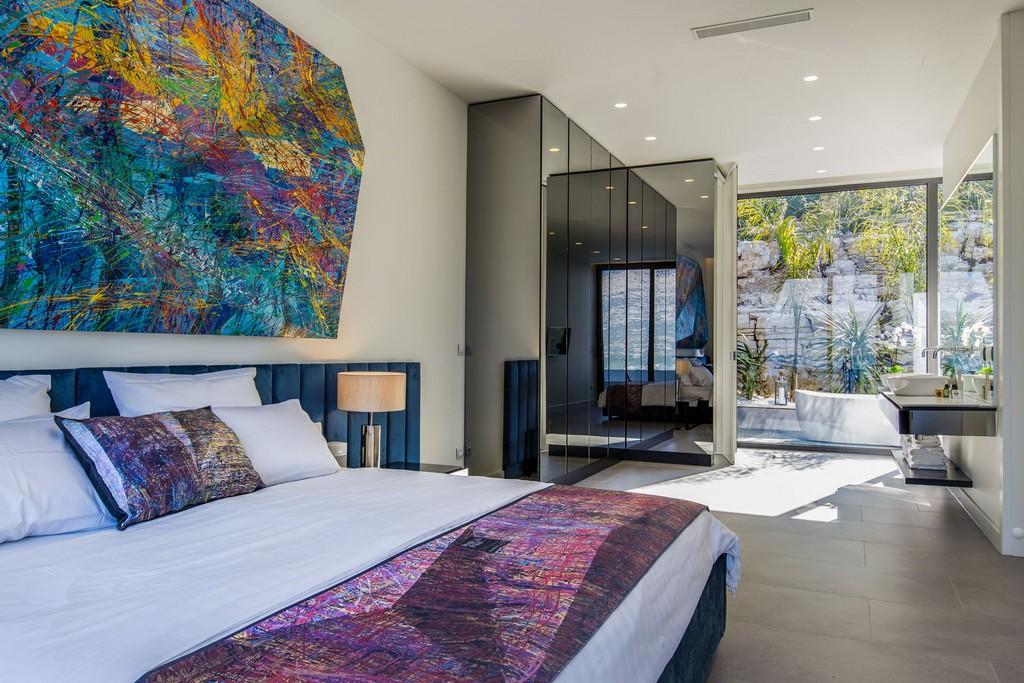 One of the bedrooms in Villa Korcula Diamond
