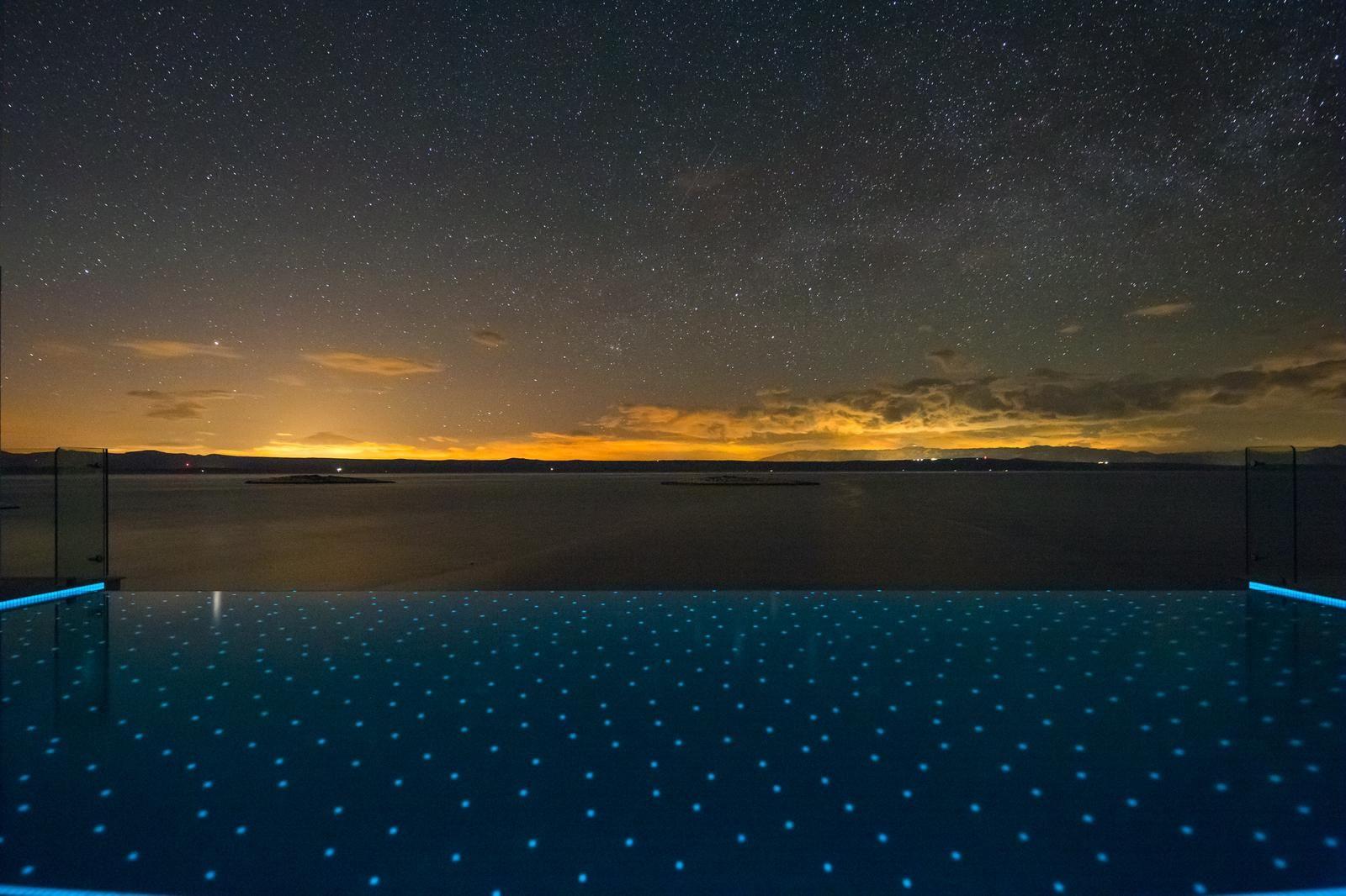 Palma de Korkyra Night view from the Infinity Pool