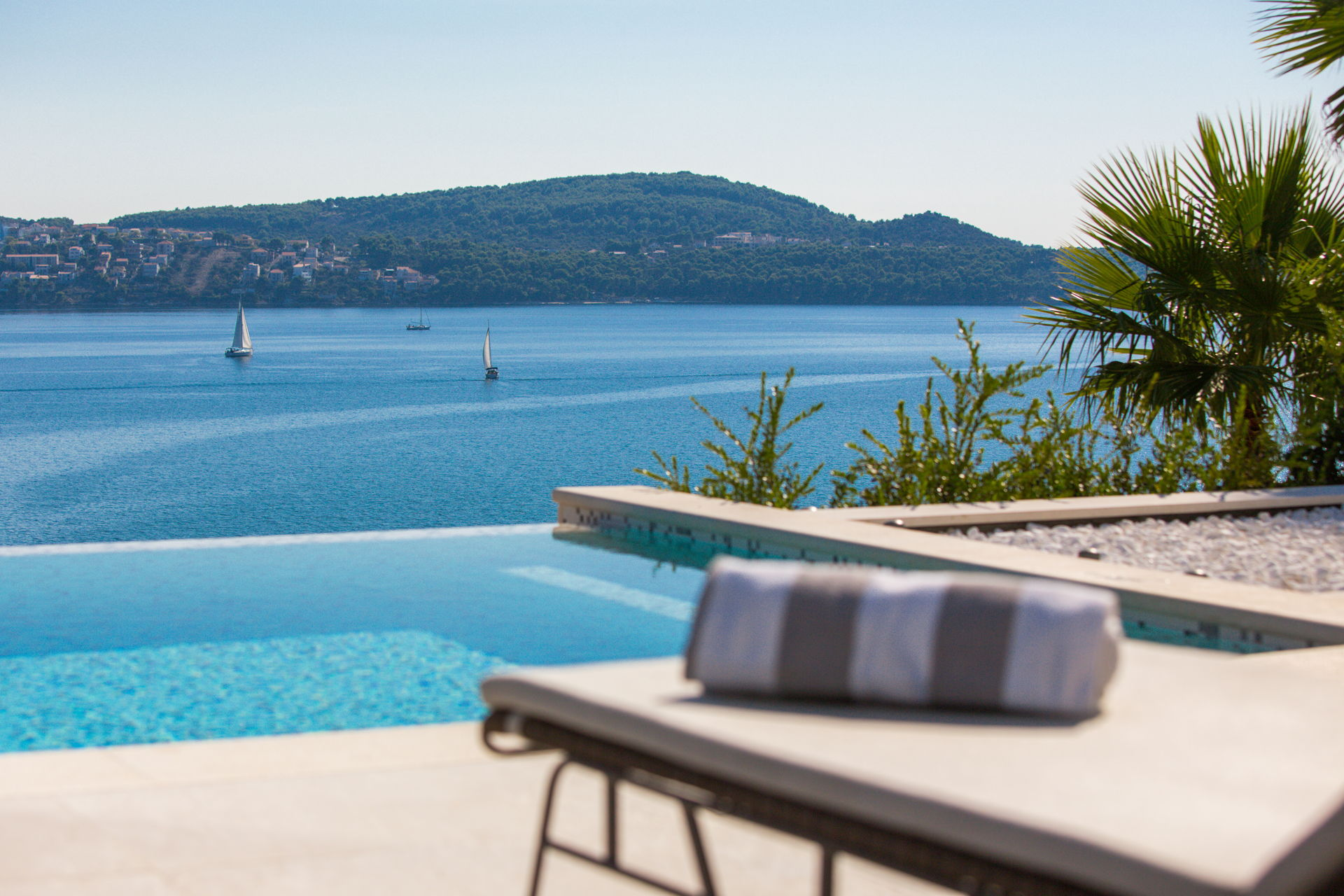 View of the Adriatic sea from the Infinity Pool in Luxury Villa Elyzeum