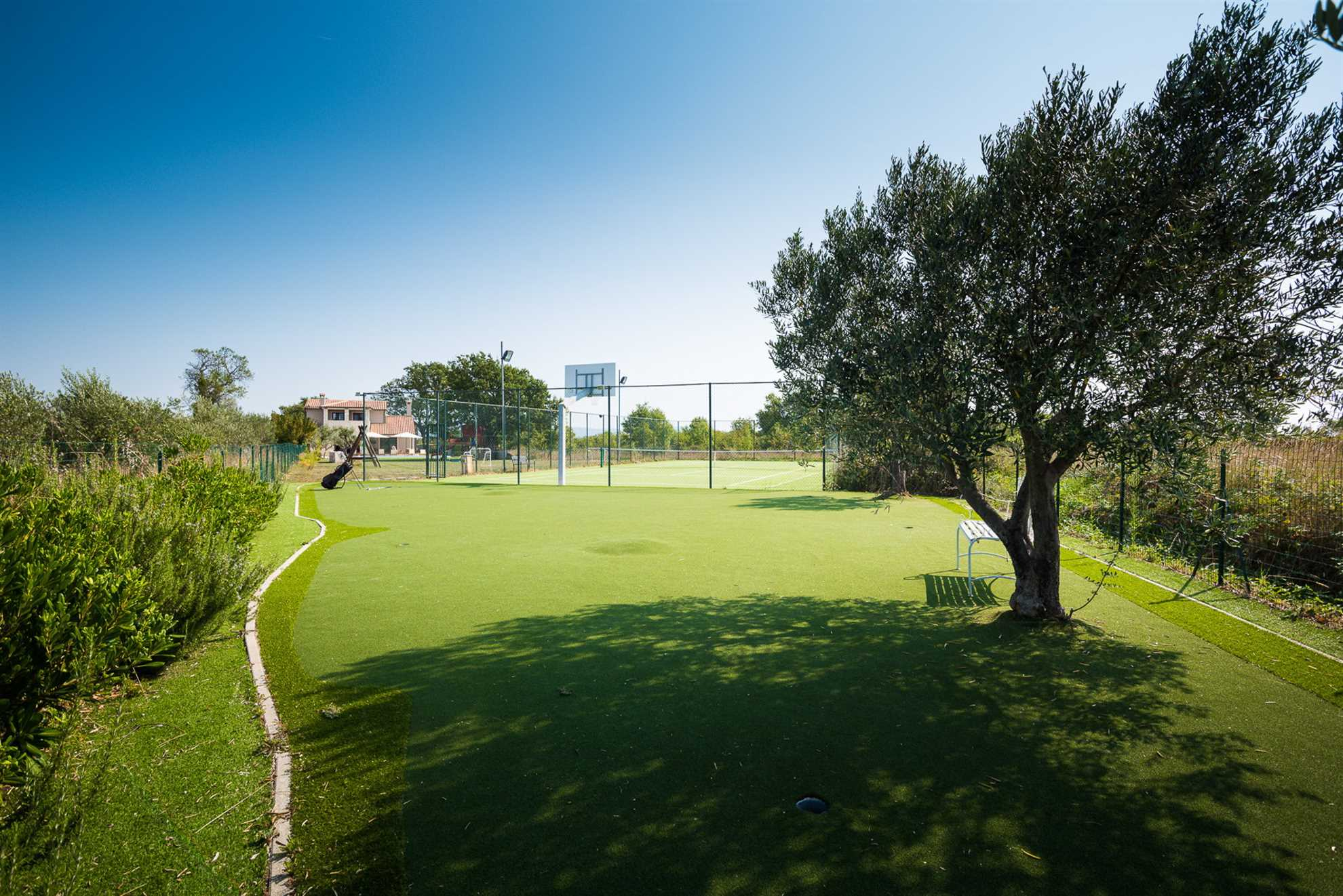 Villa Ambienta with Heated Pool – the court