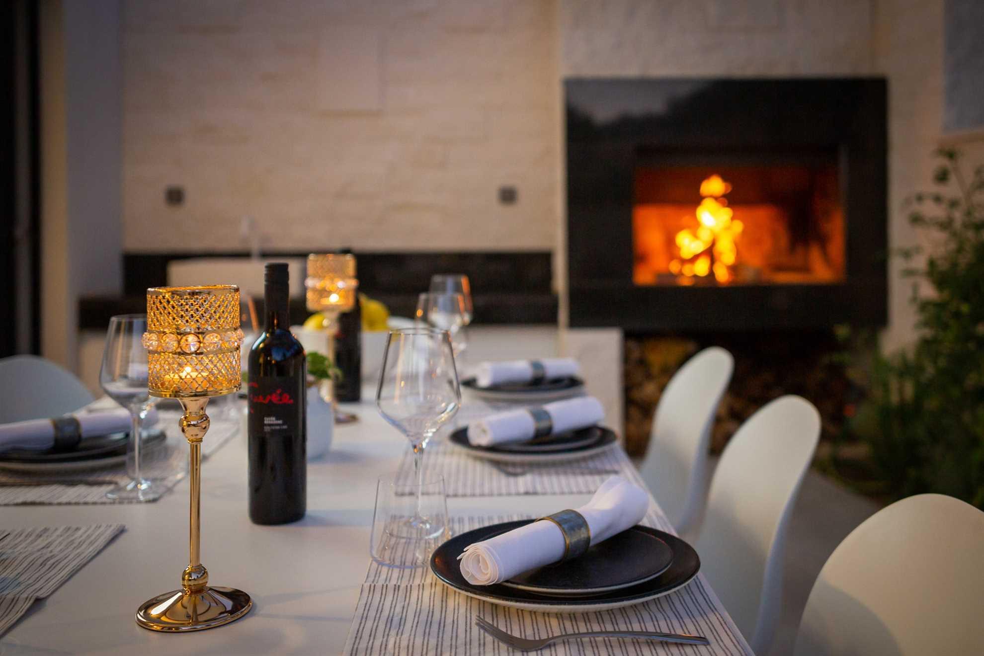 Outdoor dining Villa Calypso Split