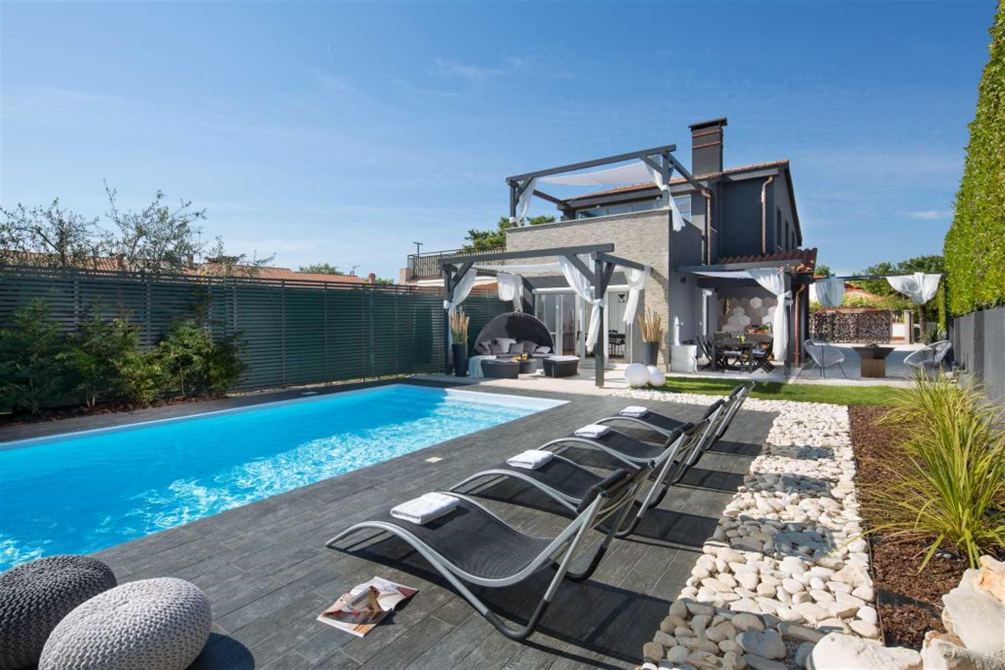 Villa Ordinata with pool Porec