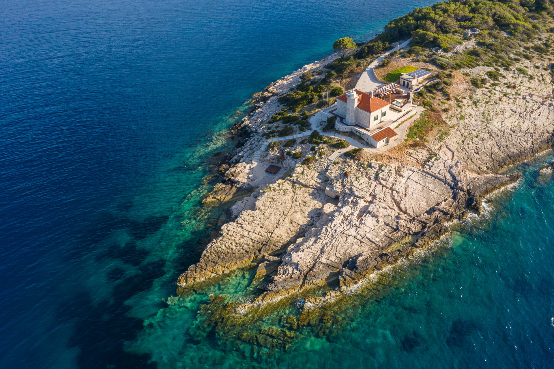 Luksuzna vila Lighthouse Beyond na otoku Visu