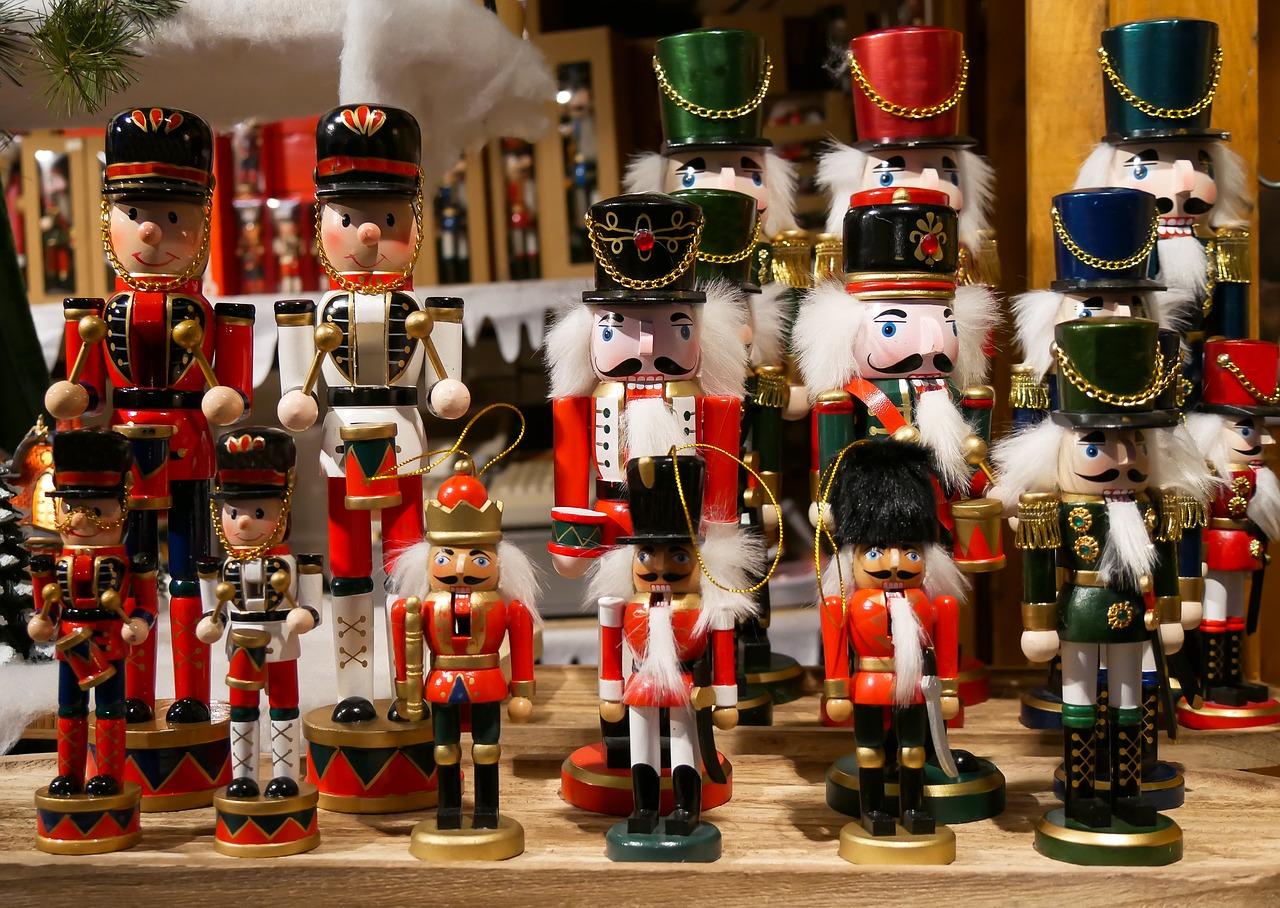 The Nutcracker Figures in the shopwindow