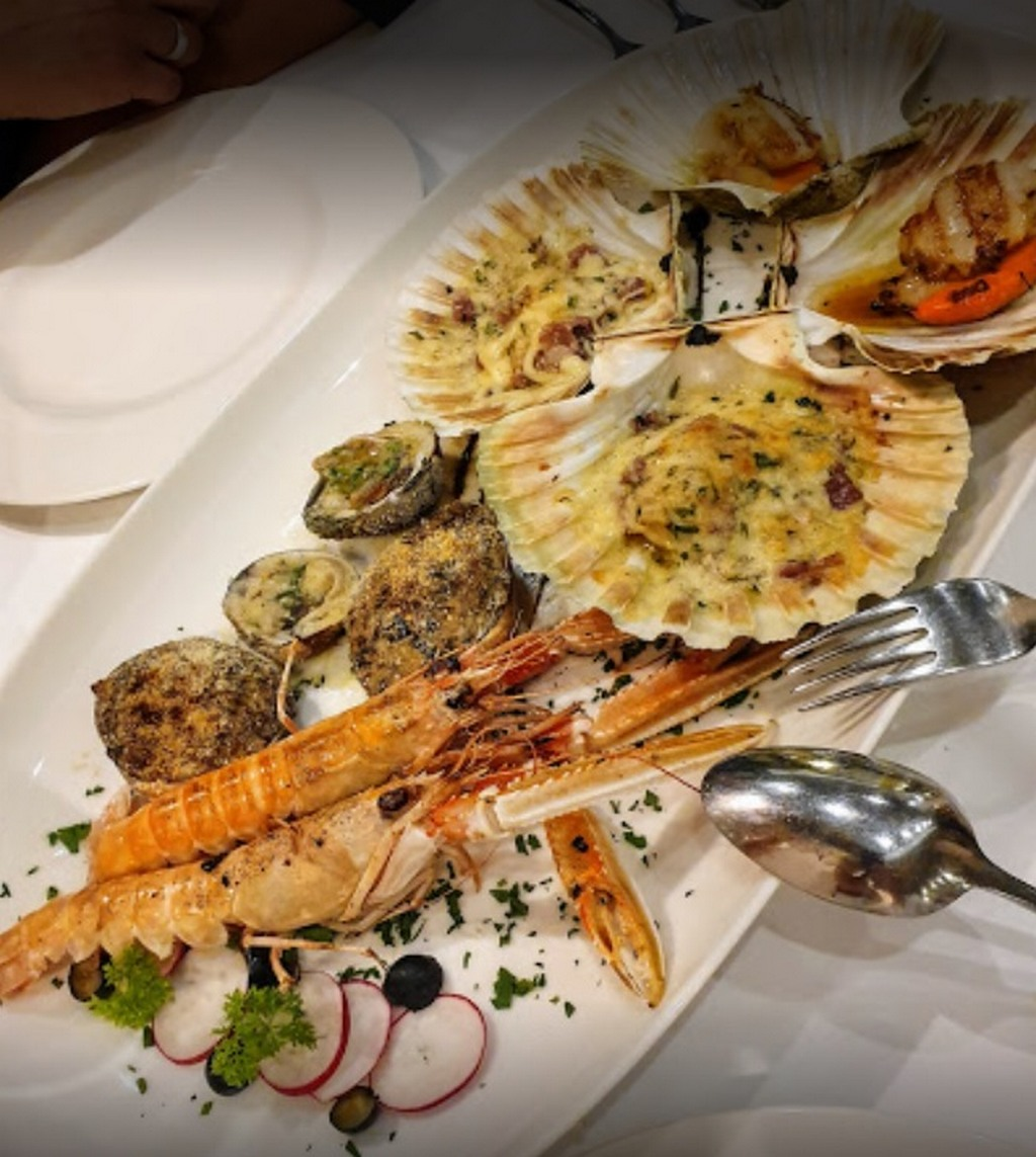 Morski plodovi posluženi u restoranu Konoba Nikola