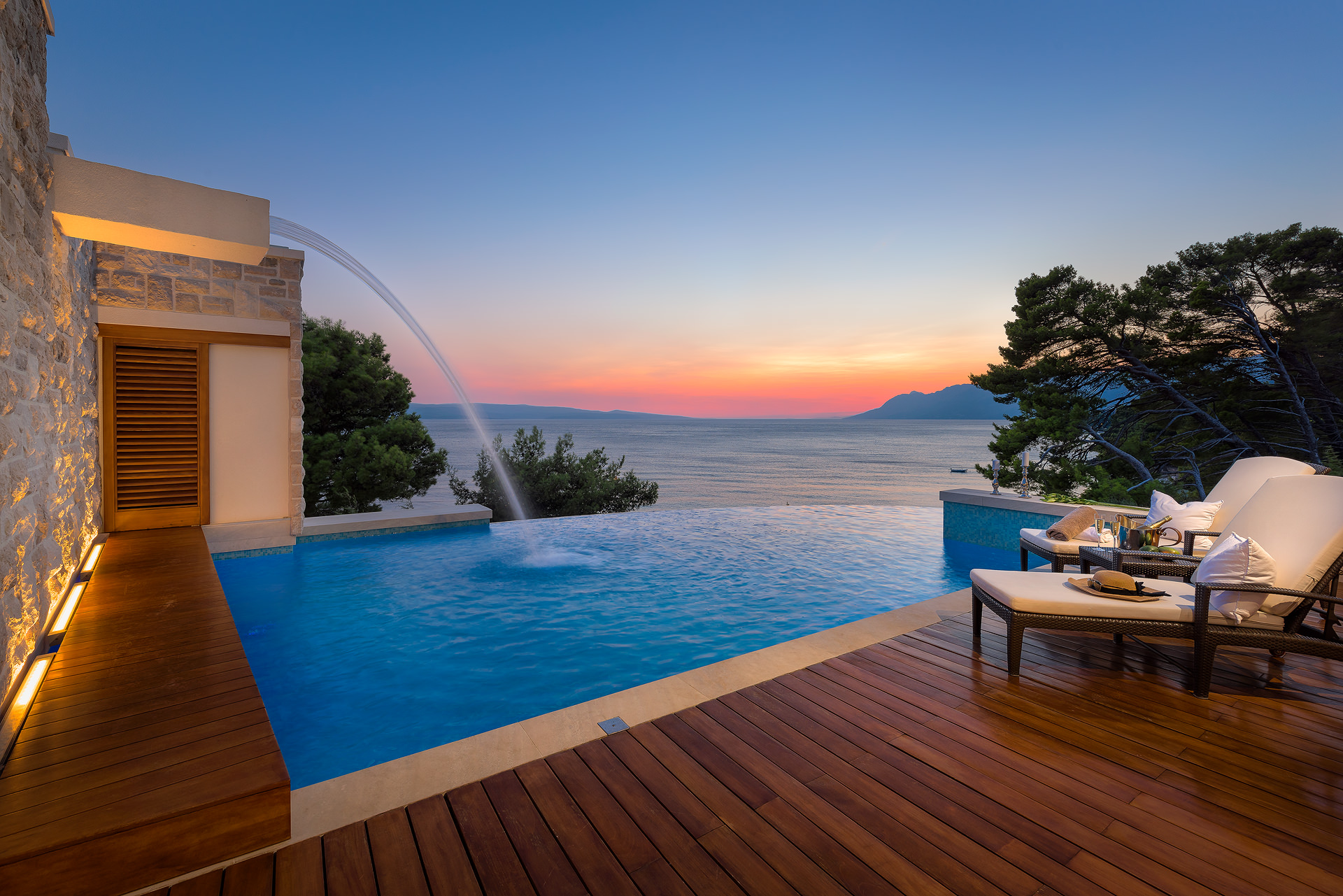 Beachfront Luxury Villa Gloria Grande with Swimming Pool