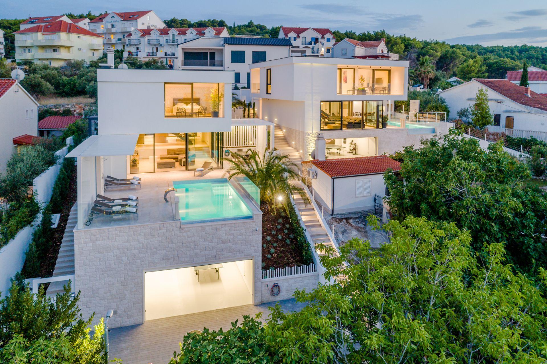 So & Lu Villas Complex