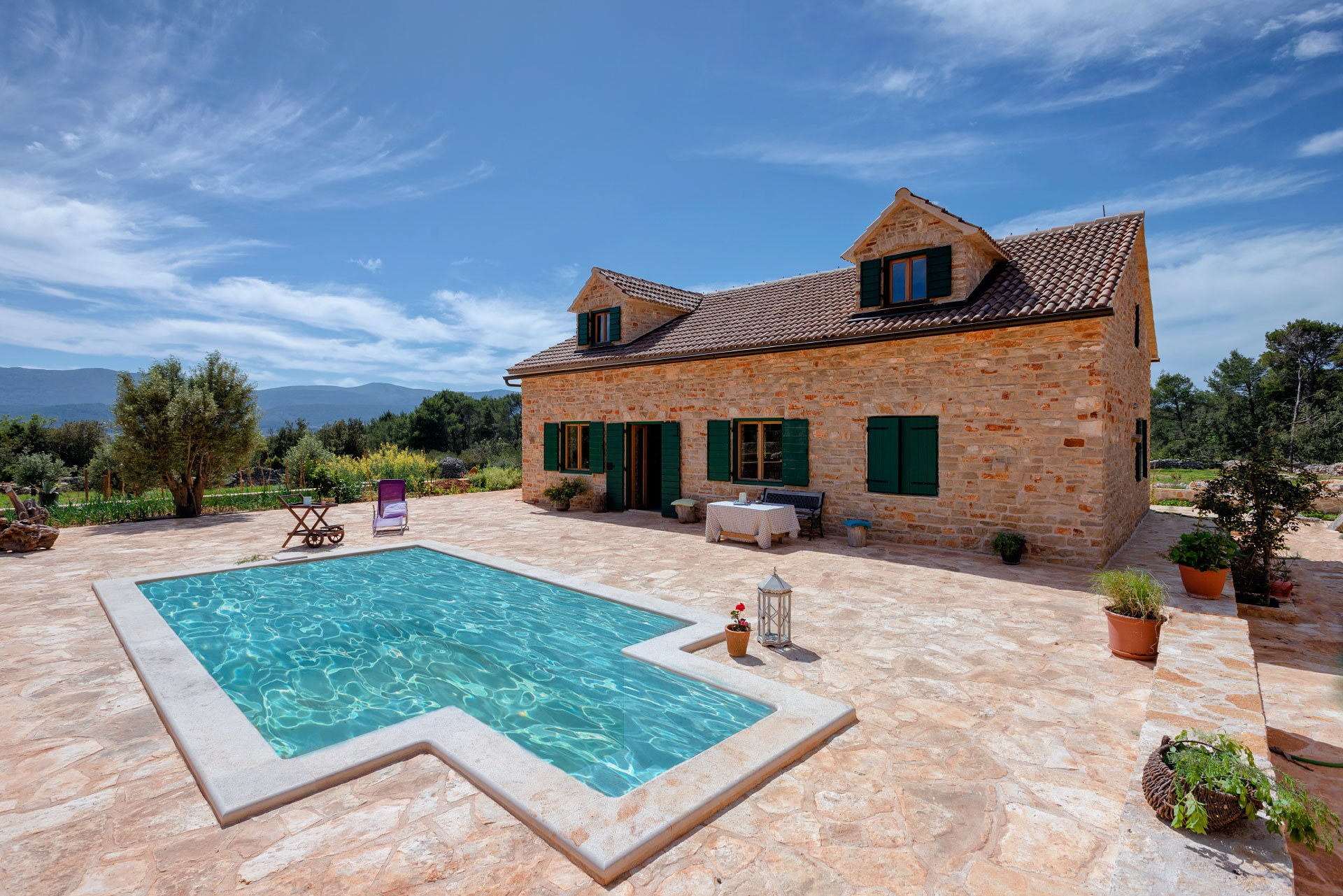 Villa Divina Palace with Swimming pool