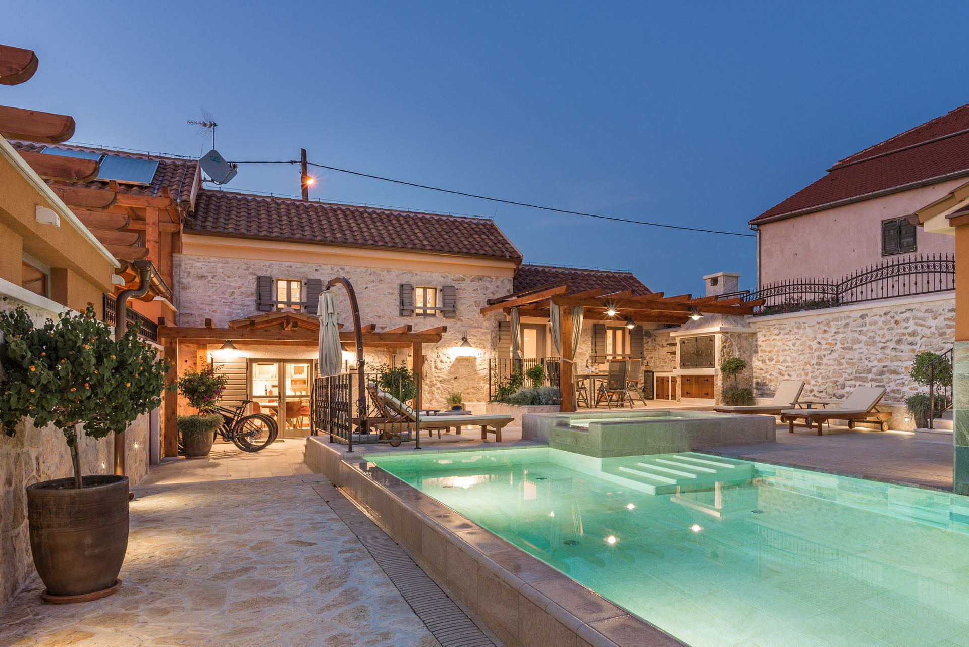 Holiday Home Adora with Pool