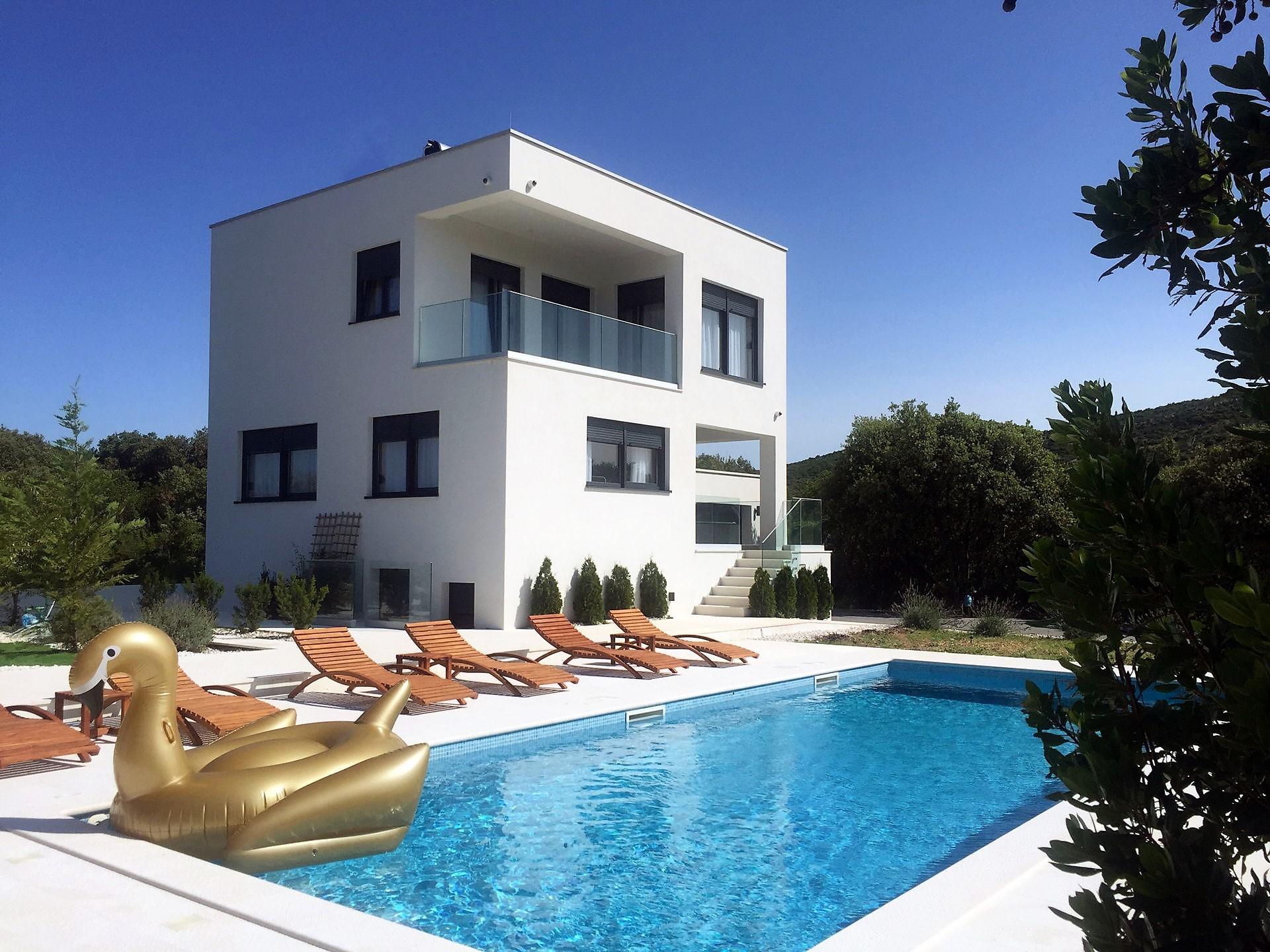 Villa Francesca with Swimming Pool