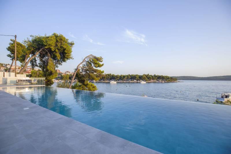 Beachfront Villa Deep Blue with Pool II