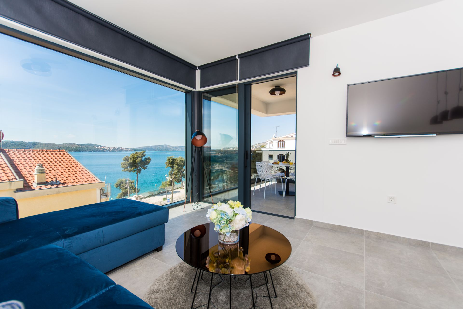 Luxury Apartment Royal M with Pool III