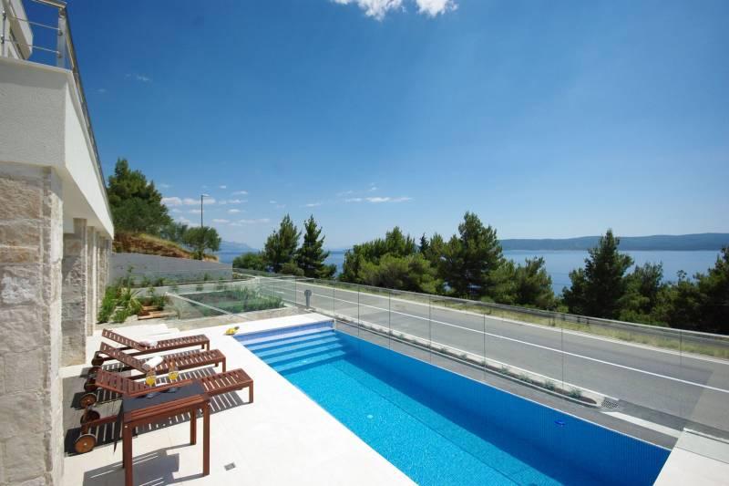 Studio Apartment in Ultra Luxury Villa EnJoy II