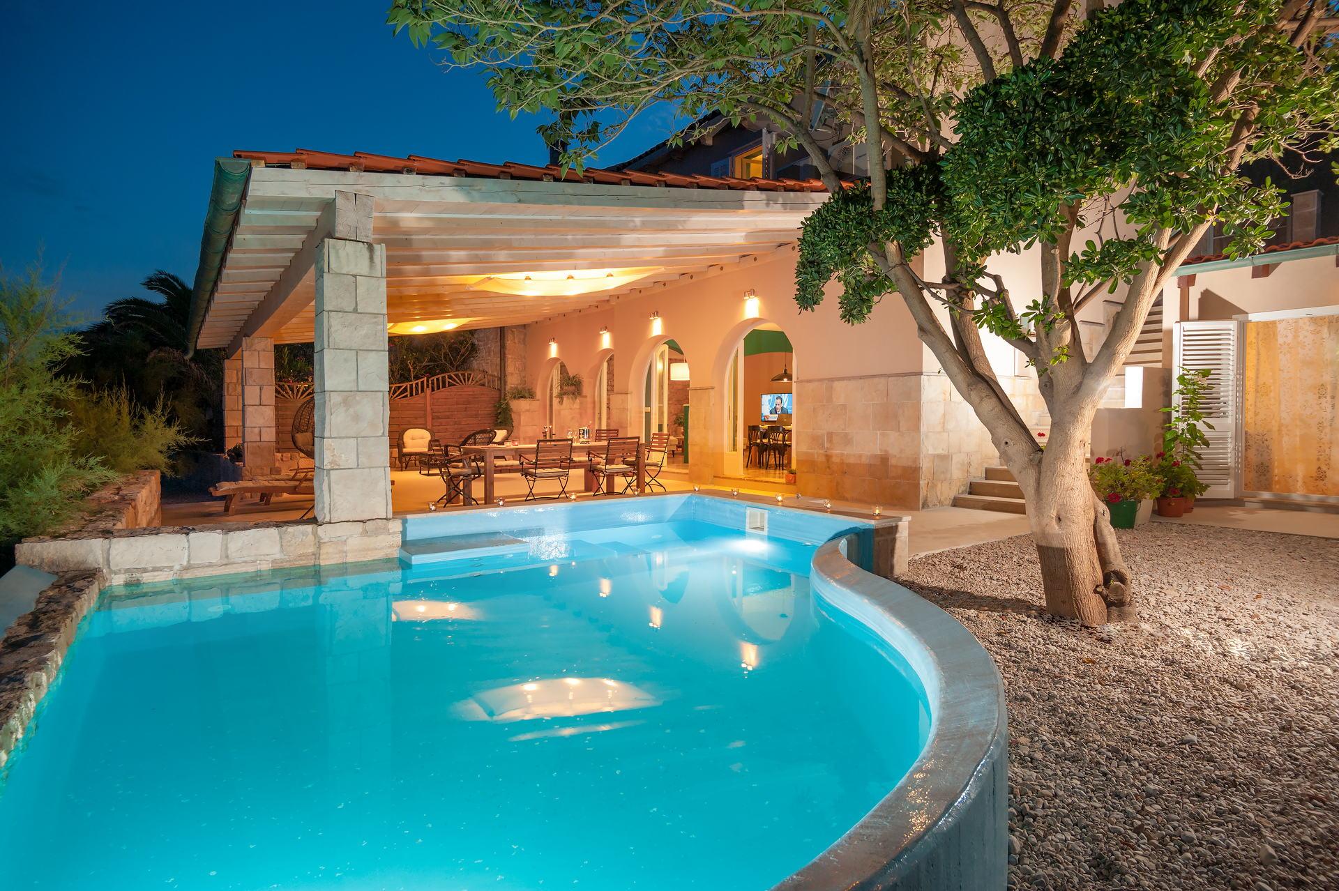 Villa Aurora with Swimming pool