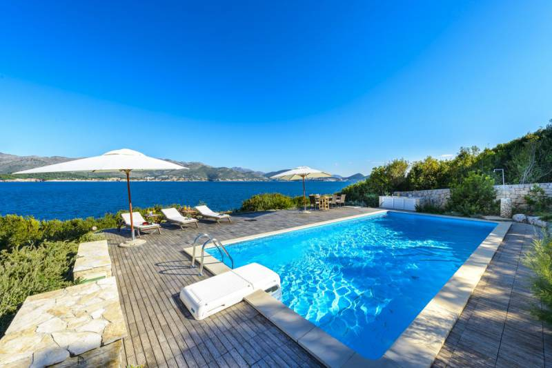 Luxury Villa Mediterranean Prestige  with Swimming Pool