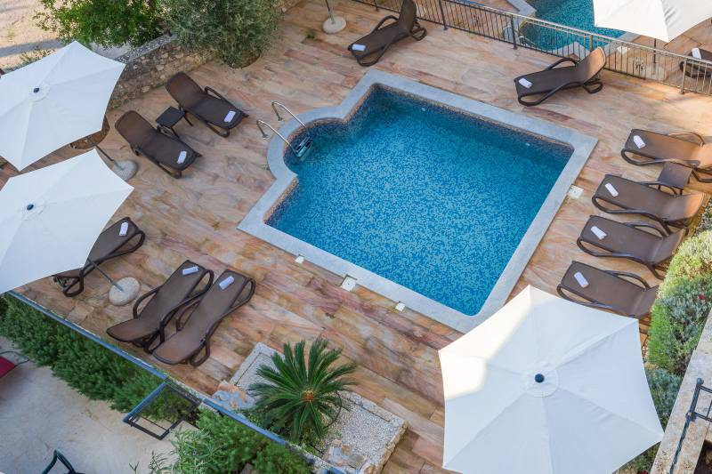 Apartment Fides with Swimming Pool VII