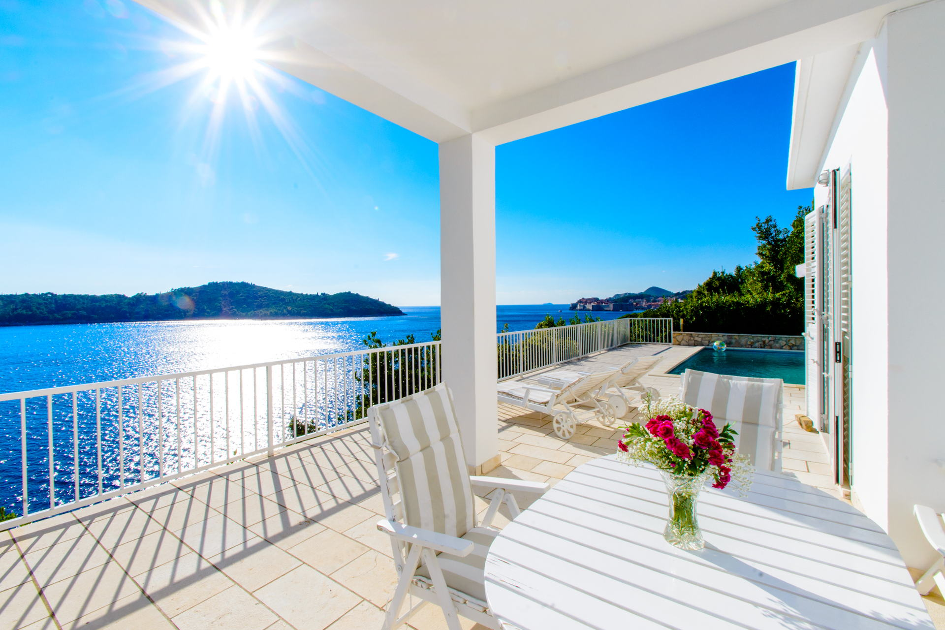 Villa Splendid View with Swimming Pool