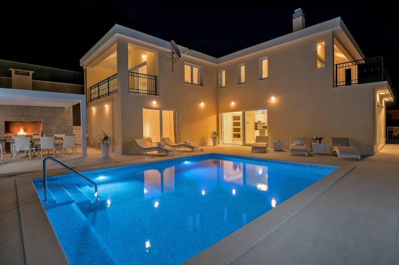 Luxury Villa Neverending Story with Swimming Pool