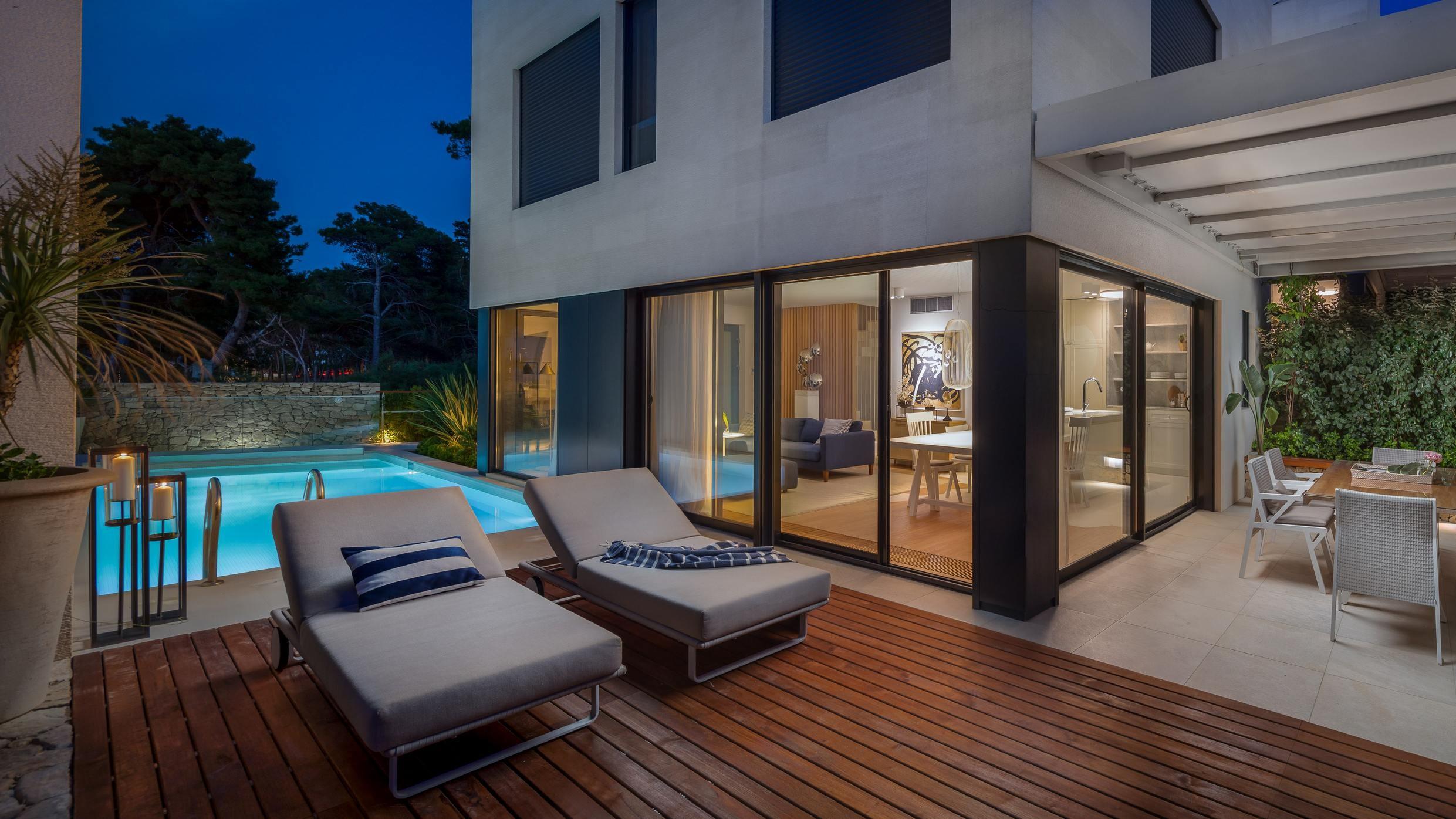 Luxury Villa Beta Prestige with Pool