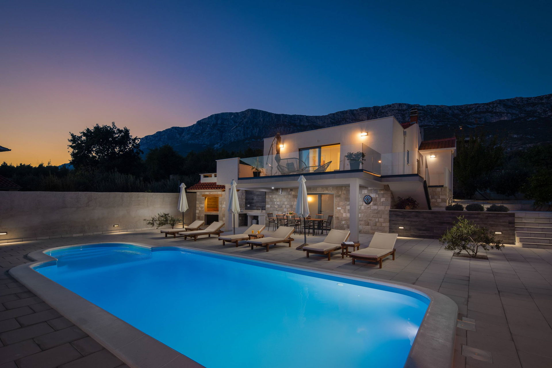 Villa Petra Divine with Pool