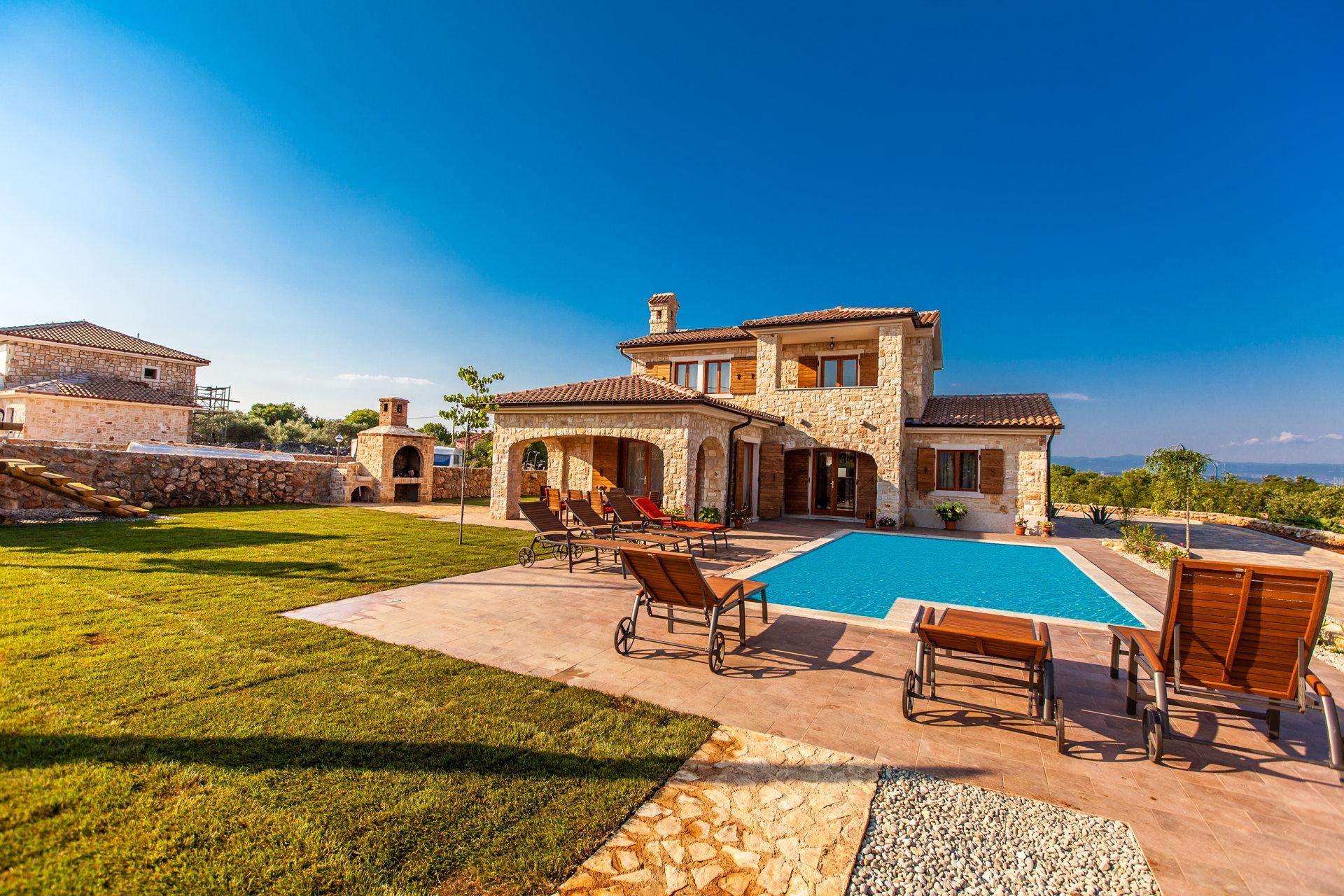 Villa Natura with Pool