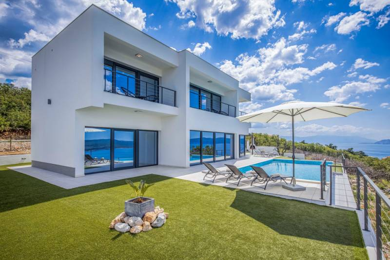 Villa Endless Summer with Pool