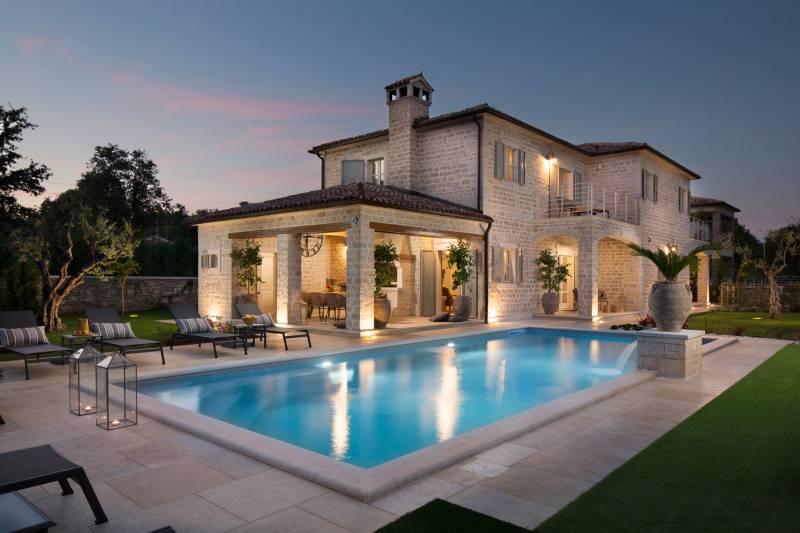 Villa Romanza with Pool
