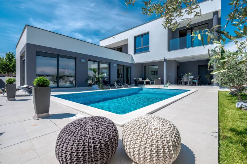 Villa Orchid with Pool