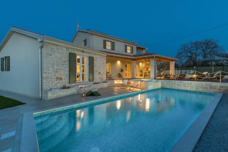 Villa Viola with Pool