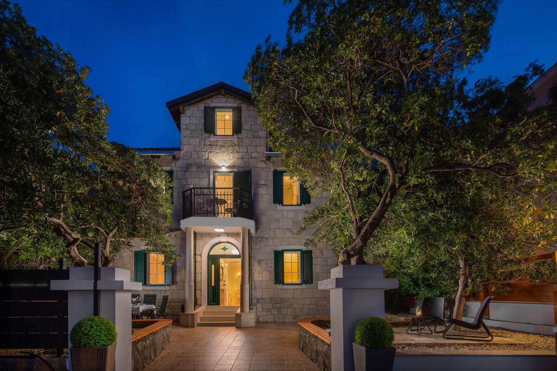 Luxury Villa Citadella with Pool