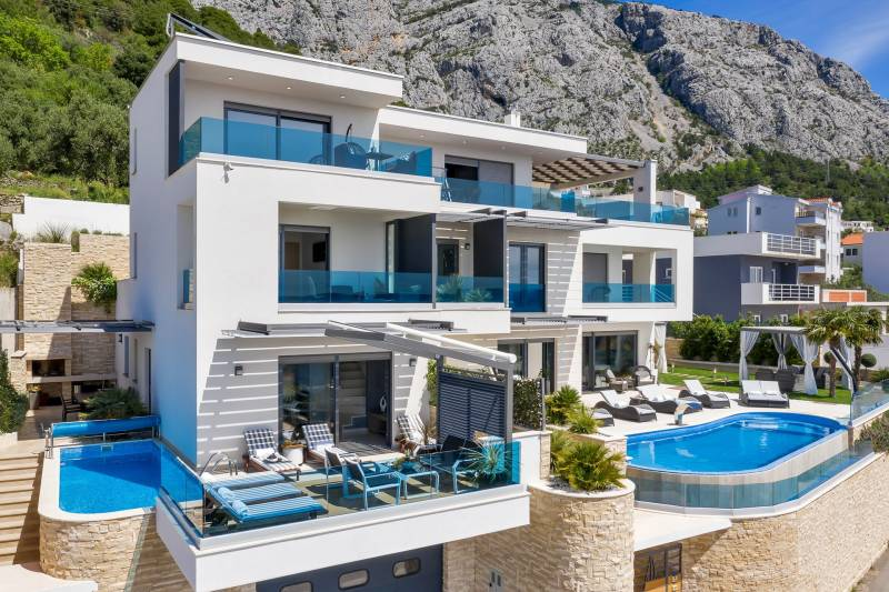 Luxury Villa Grand Vision with Pool