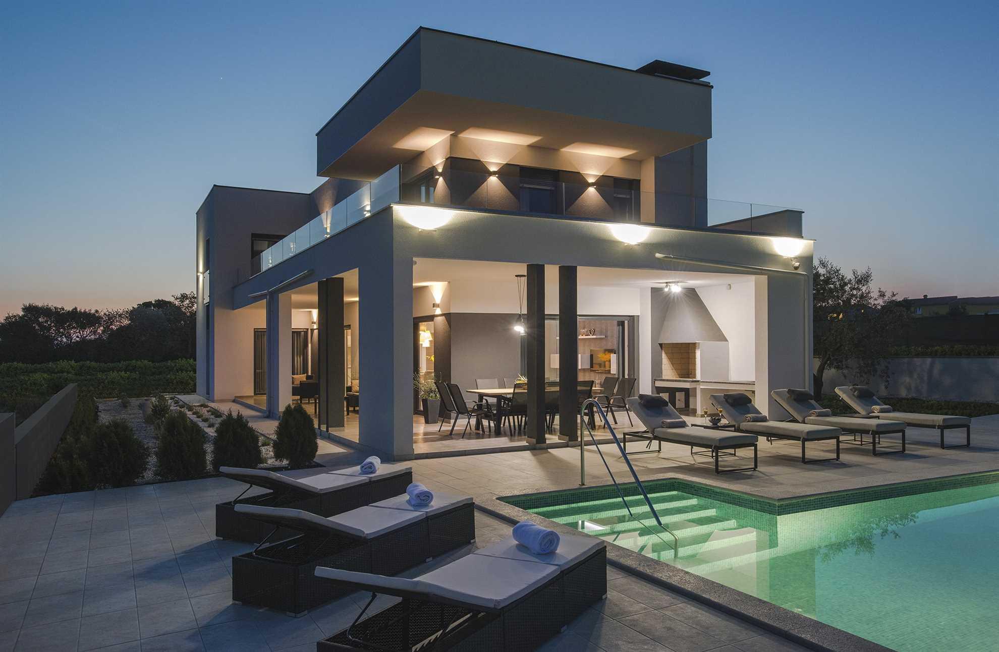 Villa Graziosa with Pool
