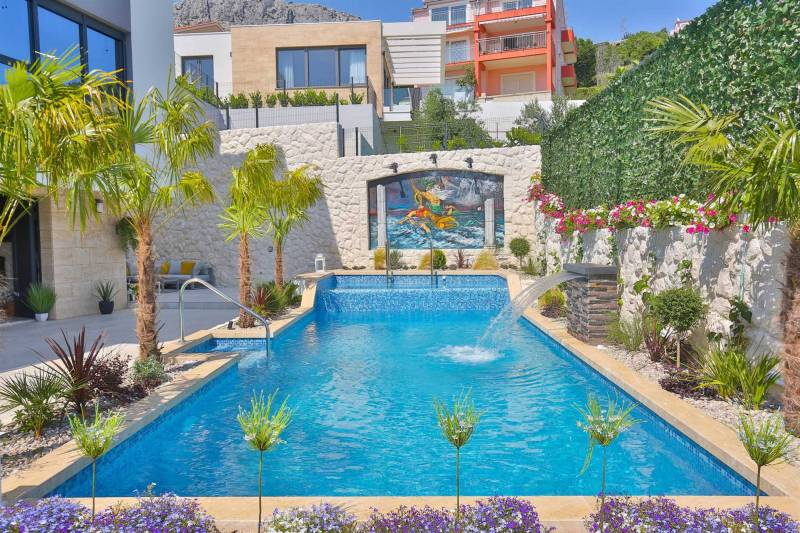 Luxury Villa Fresca with Pool