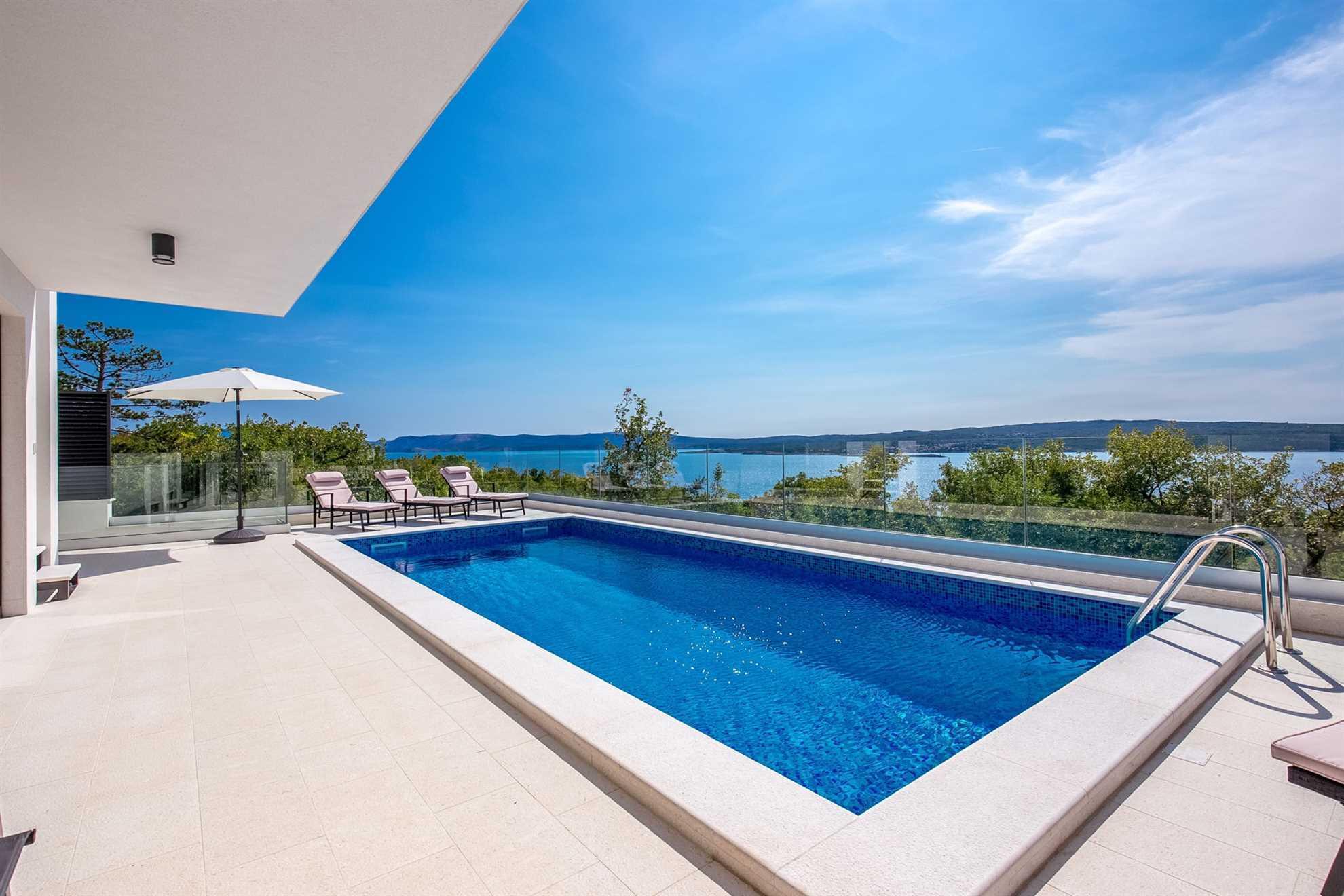 Villa Royal View with Pool
