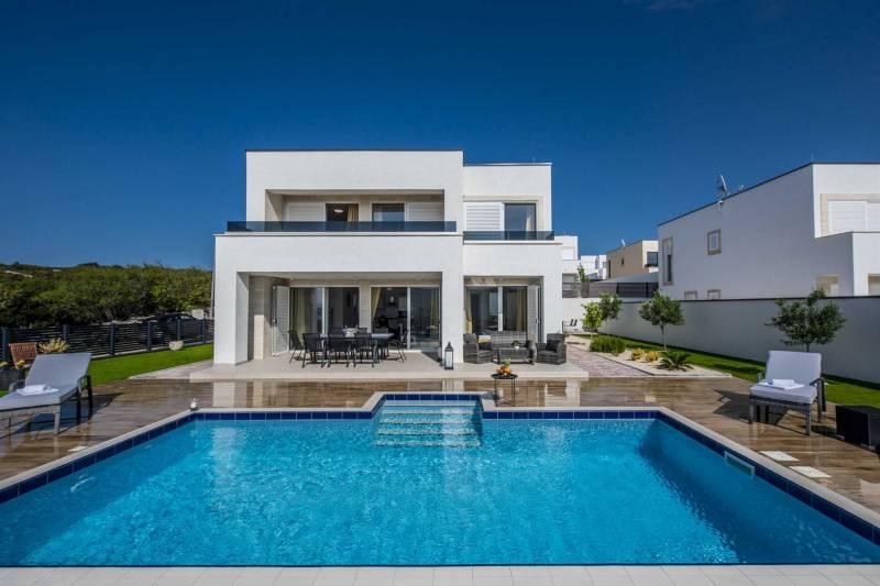 Villa Novalis with Pool II