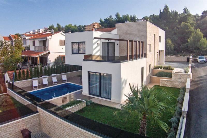 Villa Kairos with Swimming pool II
