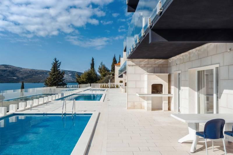 Villa Ocean View with Pool II