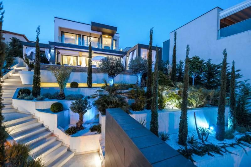 Luxury Villa Brilliance with Pool