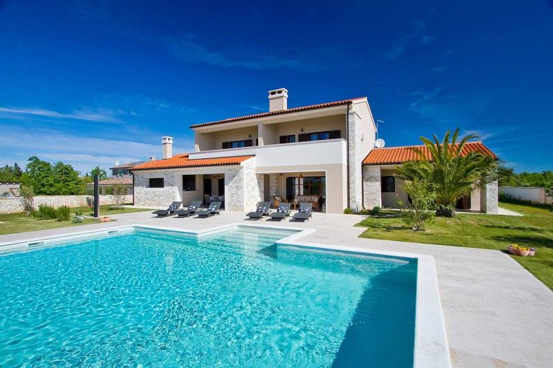 Villa Passion with Pool