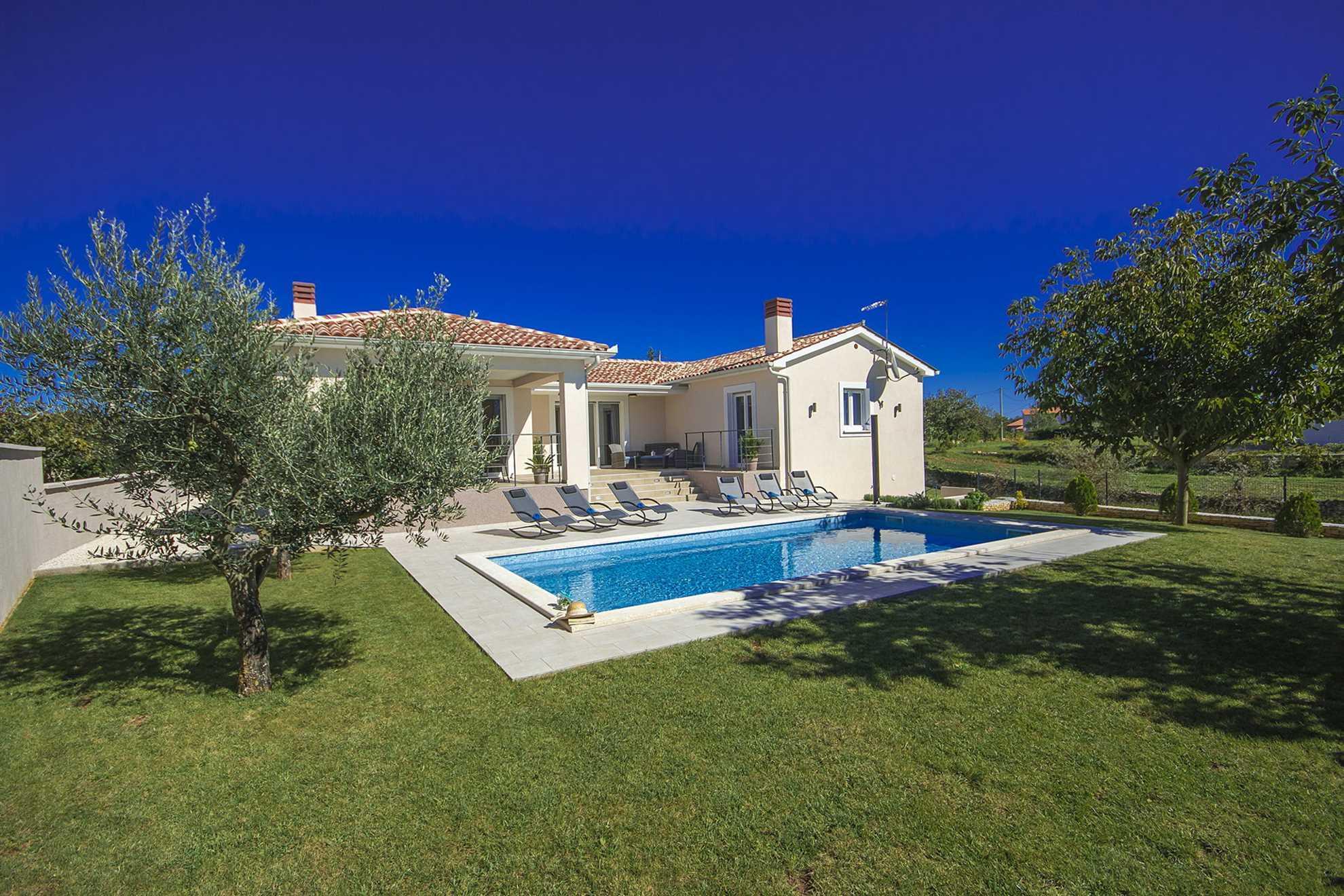 Villa Life Motto with Pool