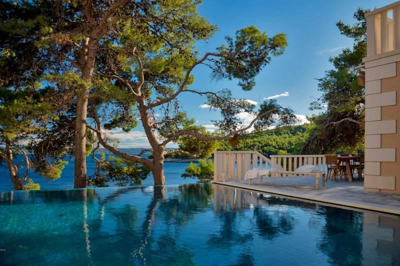 Luxury Villa Dreamcatcher with Infinity Pool