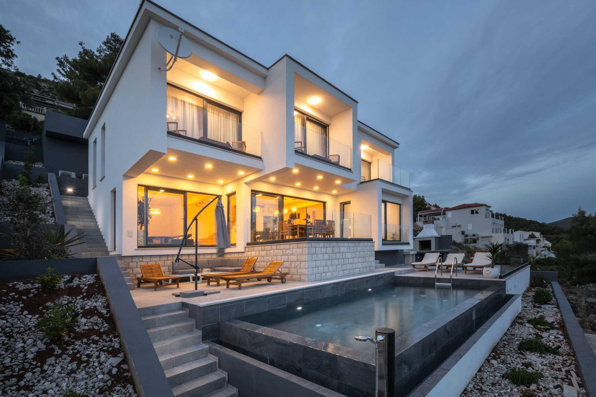 Luxury Villa Bianca with Pool